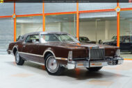 44-lincoln-continental-mark-iv-08