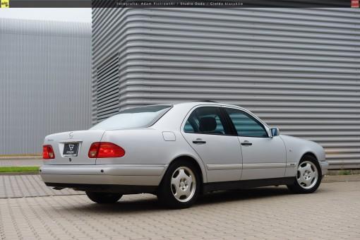 66-mercedes-e320-w210-02