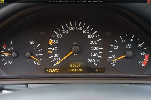 66-mercedes-e320-w210-16