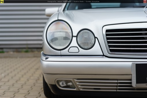 66-mercedes-e320-w210-34