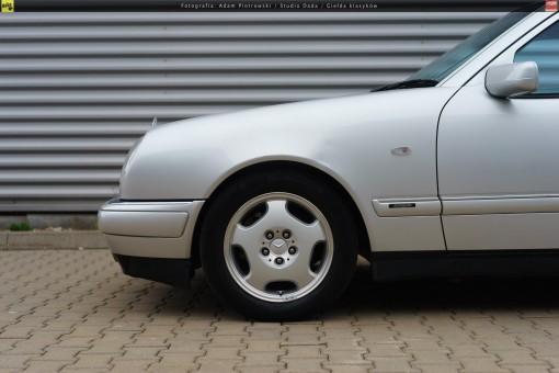 66-mercedes-e320-w210-39