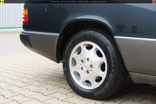 64-mercedes-320ce-cabriolet-a124-25