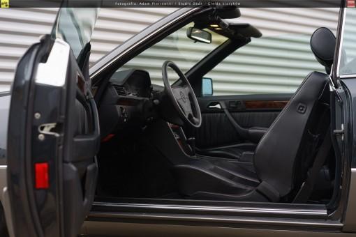 64-mercedes-320ce-cabriolet-a124-32