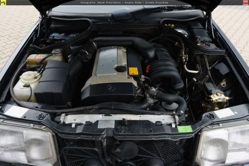 64-mercedes-320ce-cabriolet-a124-46