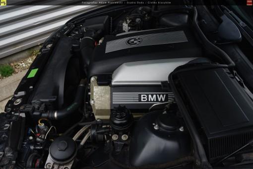 65-bmw-540i-e39-38
