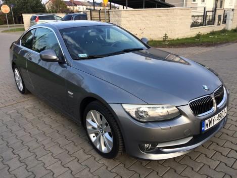 BMW 330 i (1)