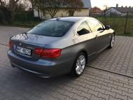 BMW 330 i (2)
