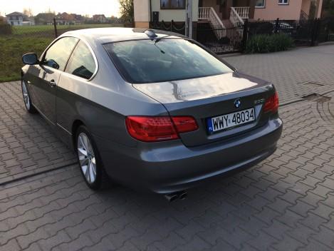BMW 330 i (3)